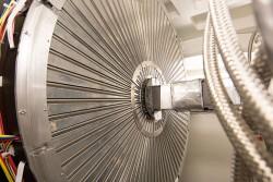 Vibrational Spectrometer (VISION)