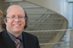 Alan Tennant has been appointed director of the Joint Institute for Neutron Sciences at the Department of Energy's Oak Ridge National Laboratory. The institute is a partnership between ORNL and the University of Tennessee, Knoxville.