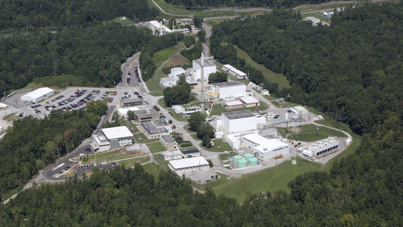 The Department of Energy's (DOE's) Oak Ridge National Laboratory (ORNL) has resumed producing neutrons for research at the High Flux Isotope Reactor (HFIR), which is now operating at full power after an outage. Facility improvements and significant upgrades were made to 10 of 12 neutron beamline instruments during the HFIR outage. (ORNL File Photo)