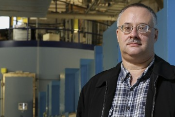 Eugene Mamontov and the BASIS beam line at the Spallation Neutron Source at ORNL (Image credit: ORNL/Jason Richards)